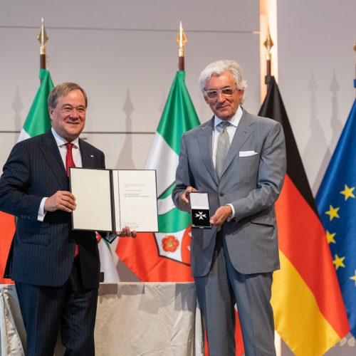 Verleihung des Landesverdienstordens NRW durch Ministerpräsident Armin Laschet